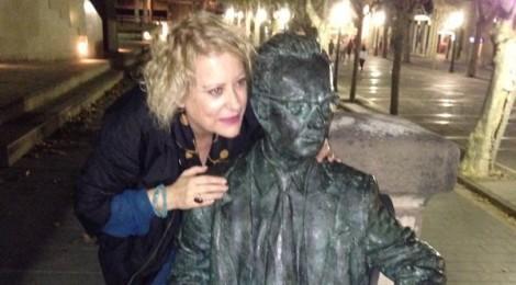 Marina Rossell posa Amat-Piniella com a exemple d'escriptor resistent