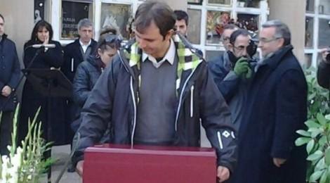Les restes de Joaquim Amat-Piniella ja reposen a Manresa per sempre més
